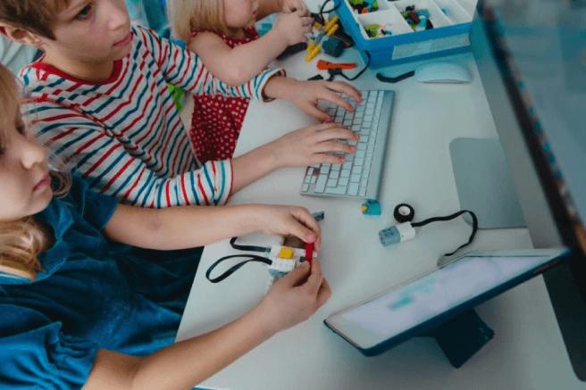 Jogos eletrônicos na educação: porque incluí-los no plano de aula?